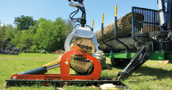 woodsplitter split wood trunk tree L
